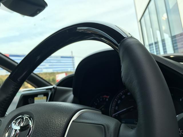 Gi 登録済未使用車 サンルーフ 合成皮革シート 走行7km(8枚目)