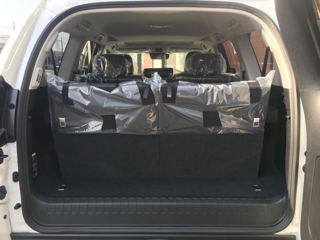 【ラゲッジスペース】7人乗車でもしっかり荷物を載せれます♪