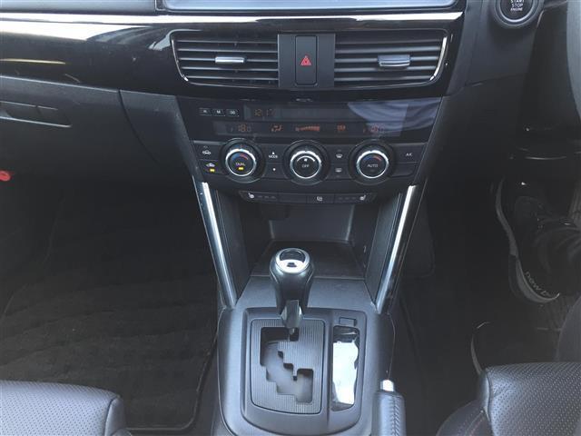 XD Lパッケージ 4WD/ディーゼル/社外ナビ(CA9PA)/BOSEサウンド/ETC/クルーズコントロール/運転席パワーシート/D席N席シートヒーター/デュアルエアコン/純正フロアマット/プッシュスタートボタン(7枚目)
