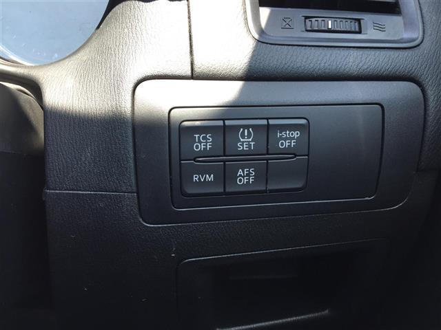 XD Lパッケージ 4WD/ディーゼル/社外ナビ(CA9PA)/BOSEサウンド/ETC/クルーズコントロール/運転席パワーシート/D席N席シートヒーター/デュアルエアコン/純正フロアマット/プッシュスタートボタン(9枚目)