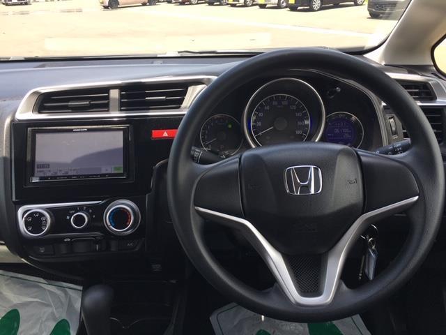 13G 4WD/社外メモリーナビ/AM/FM/Bluetooth/ETC/横滑り防止機能/アイドリングストップ(9枚目)