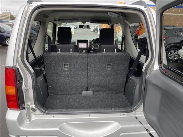 XC 4WD/5速MT/社外ナビ/AM/FM/CD/DVD/BT/ワンセグTV/社外フロアマット/電動格納ミラー/純正16インチAW/社外AW付スタッドレスタイヤ積込175/80/R16/ライトレベライザー(15枚目)