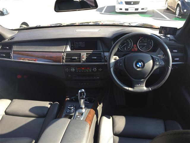 xDrive 35i Mスポーツ サンルーフ 黒革シート(4枚目)