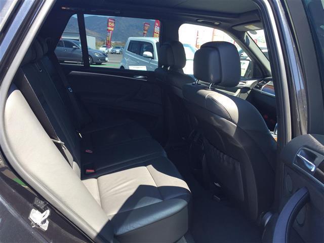 xDrive 35i Mスポーツ サンルーフ 黒革シート(10枚目)