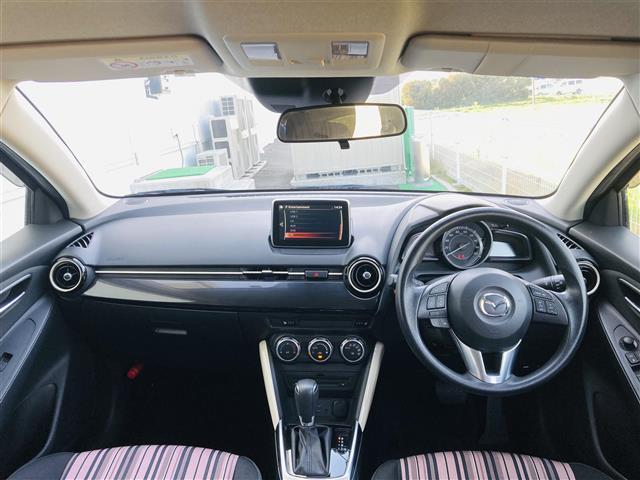 純正ナビ/フルセグTV/ETC/LEDヘッドライト/横滑り防止装置/衝突軽減ブレーキ/クルーズコントロール/ブラインドスポットモニタリング/純正フロアマット/前席シートヒーター/ステアリングスイッチ(3枚目)