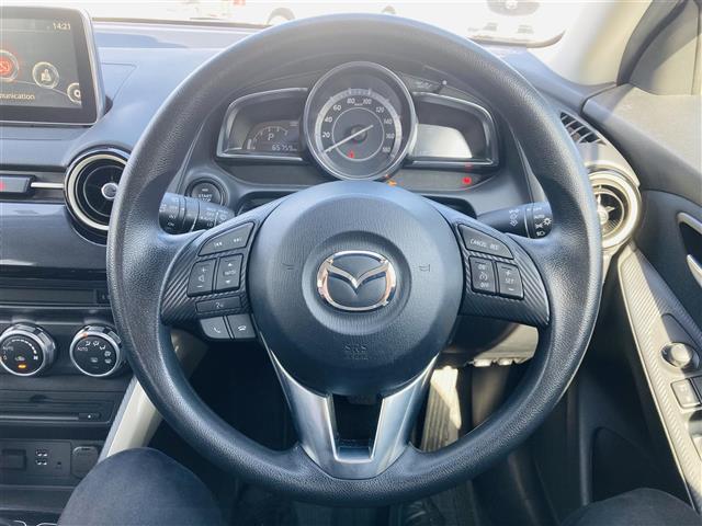 純正ナビ/フルセグTV/ETC/LEDヘッドライト/横滑り防止装置/衝突軽減ブレーキ/クルーズコントロール/ブラインドスポットモニタリング/純正フロアマット/前席シートヒーター/ステアリングスイッチ(9枚目)