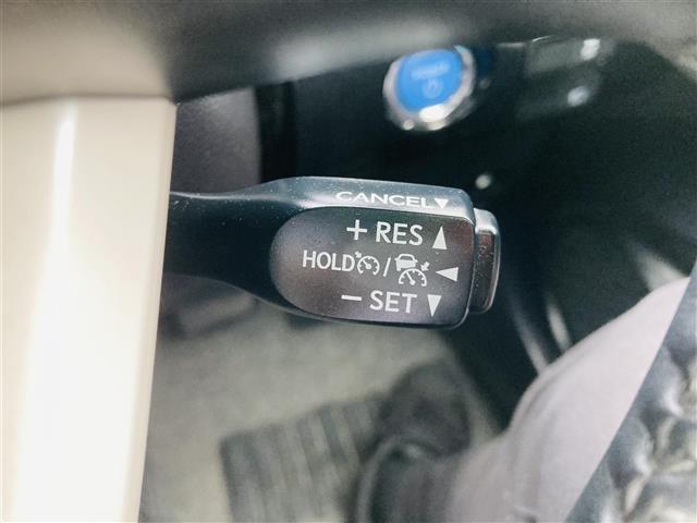 S 純正SDナビ/CD/BT/AUX/ステアリングスイッチ/ビルトインETC/クルーズコントロール/横滑り防止装置/オートライト/オートハイビーム/車両接近通報装置/車線逸脱防止/LEDライト/エアロ(16枚目)