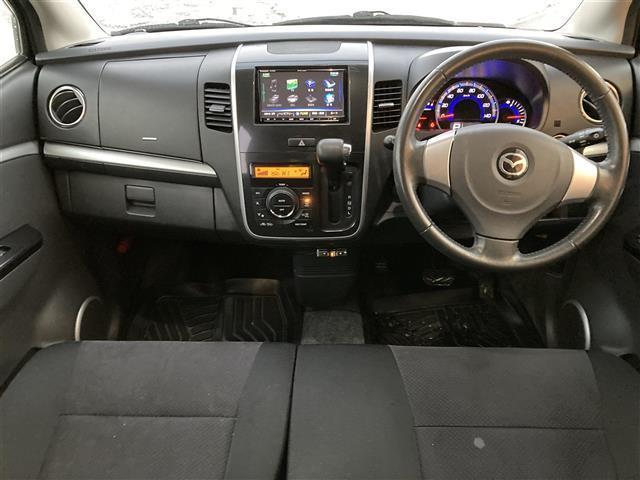 XSリミテッド 4WD/社外メモリナビ/フルセグTV/DVD/USB/Bluetooth/ETC/純正15AW/シートヒーター/HIDオートライト/フォグ/フルエアロ/プッシュスタート/スマートキー/ドアバイザー(6枚目)