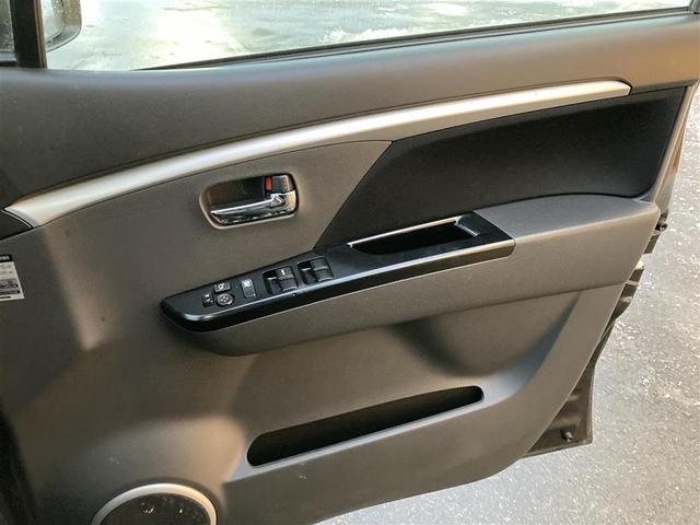 XSリミテッド 4WD/社外メモリナビ/フルセグTV/DVD/USB/Bluetooth/ETC/純正15AW/シートヒーター/HIDオートライト/フォグ/フルエアロ/プッシュスタート/スマートキー/ドアバイザー(14枚目)