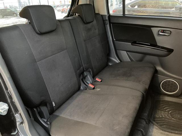 XSリミテッド 4WD/社外メモリナビ/フルセグTV/DVD/USB/Bluetooth/ETC/純正15AW/シートヒーター/HIDオートライト/フォグ/フルエアロ/プッシュスタート/スマートキー/ドアバイザー(19枚目)