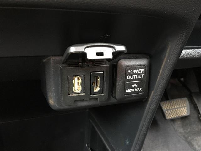 プレミアム 4WD 純正ディスプレイオーディオ BT CD USB バックカメラ 横滑り防止装置 プッシュスタート スマートキー ETC 電動格納ミラー フロアマット HID フォグランプ ウィンカーミラー(13枚目)
