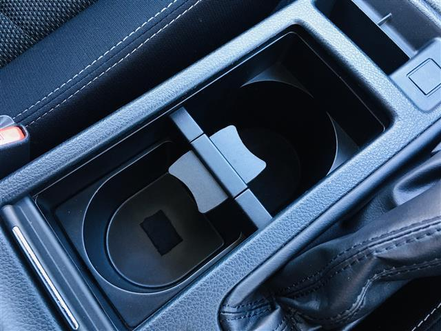 2.0i-L アイサイト 4WD/ワンオーナー/衝突被害軽減ブレーキ/レーダークルコン/パワーシート/社外メモリナビ(フルセグTV/DVD/Bluetooth/USB)/バックカメラ/ETC/パドルシフト/HID/スマキー(31枚目)
