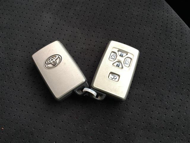 240S プライムセレクションII 4WD 純正HDDナビ CD DVD バックカメラ フルセグ 両側パワースラードドア パワーバックドア プッシュスタート  スマートキー クリアランスソナー ウィンカーミラー ドアバイザー(14枚目)