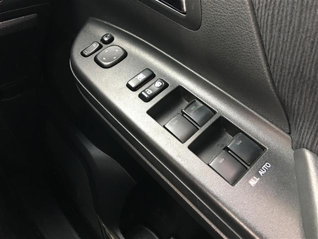240S プライムセレクションII 4WD 純正HDDナビ CD DVD バックカメラ フルセグ 両側パワースラードドア パワーバックドア プッシュスタート  スマートキー クリアランスソナー ウィンカーミラー ドアバイザー(16枚目)