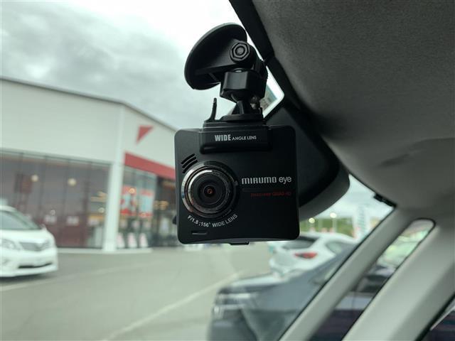 カスタムG S 4WD 衝突軽減ブレーキ 両側パワースライドドア 純正メモリナビ(フルセグTV/DVD/Bluetooth)バックカメラ クルーズコントロール アイドリングストップ LED スマートキー(6枚目)