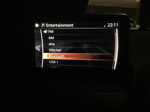 13C 純正SDナビ/Bluetooth/USB/AM/FM/ステアリングリモコン/ETC/アイドリングストップ/MTモード付きAT/スポーツモード切り替え/横滑り防止装置/プッシュスタート/スマートキー(12枚目)