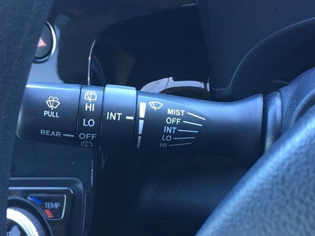 S 衝突軽減ブレーキ/レーンキープアシスト/社外メモリナビ/ワンセグ/CD/DVD/FM/AM/AUX/バックカメラ/スマートキー/コーナーセンサー/横滑り防止装置/ステアリングリモコン(10枚目)
