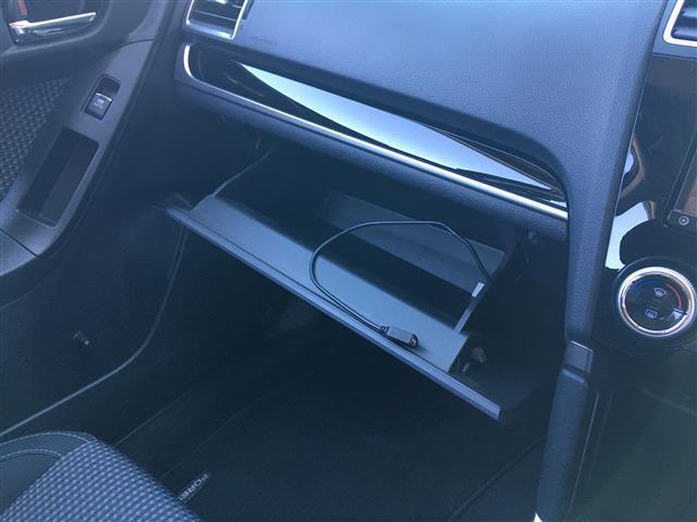 2.0i-L アイサイト 4WD 社外SDナビ フルセグテレビ バックカメラ CD DVD USB BT 衝突被害軽減ブレーキ レーダークルーズコントロール レーンキープアシスト RBM 横滑り防止装置 パドルシフト(23枚目)