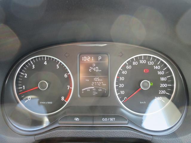 走行距離2.8万キロ。低走行の車両です。使用感も少なく内外装共に綺麗です。
