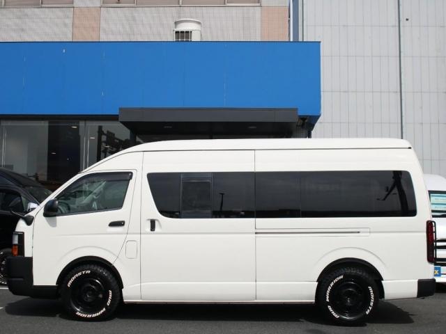 スーパーロングワイドDX GLパック レジアスエーススーパーロング ハイルーフワイドボディ 4WDガソリン車 5人乗り ベッドキット装着済み ナビ&ETC装着済み RENOCAコーストラインフェイスチェンジ テールガード装着済み(18枚目)