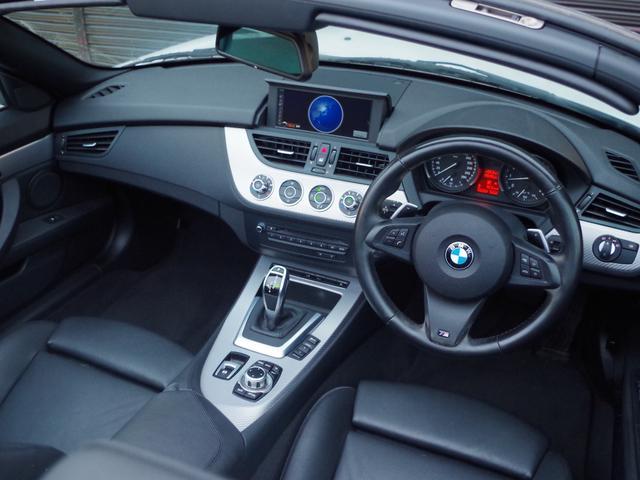sDrive20i Mスポーツ 正規D車 右H 黒本革シート(12枚目)