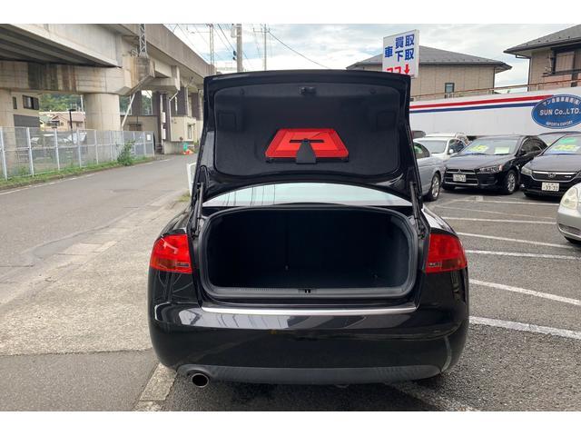 「アウディ」「A4」「セダン」「東京都」の中古車36