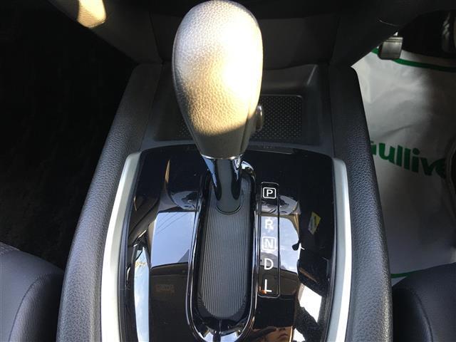 日産 エクストレイル 20X エマージェンシーブレーキ