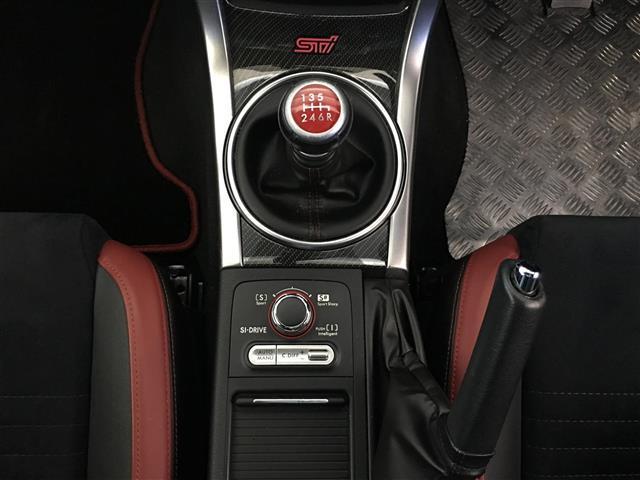 STI タイプS4WD 6MT 社外メモリナビ 純正18AW(11枚目)