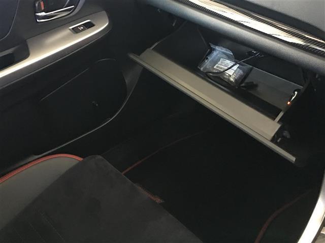 STI タイプS4WD 6MT 社外メモリナビ 純正18AW(20枚目)