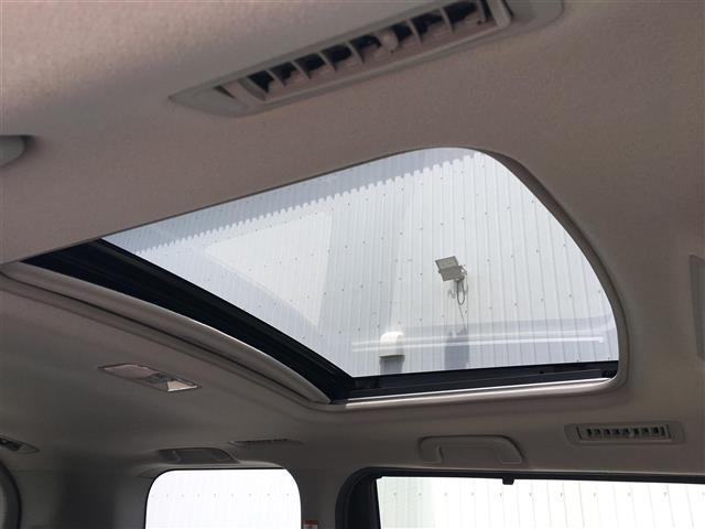 ZS 純正8型SDナビ Wサンルーフ バックカメラ 両側電動スライドドア ビルトインETC ドライブレコーダー LEDヘッドライト 革巻きステアリング アイドリングストップ ステアリングスイッチ(5枚目)