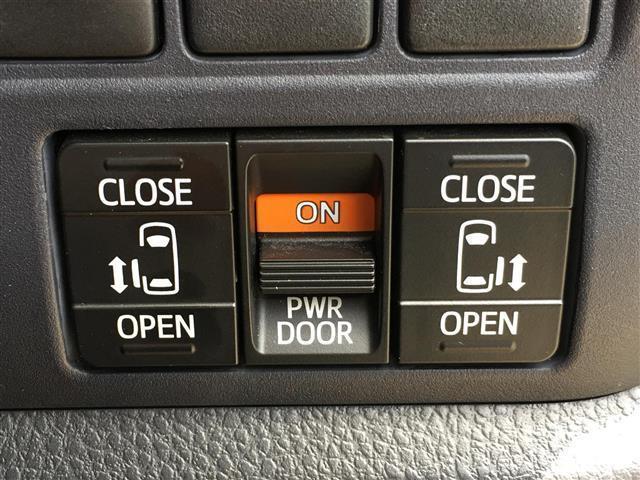 ZS 純正8型SDナビ Wサンルーフ バックカメラ 両側電動スライドドア ビルトインETC ドライブレコーダー LEDヘッドライト 革巻きステアリング アイドリングストップ ステアリングスイッチ(7枚目)