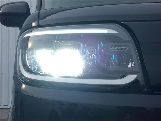 X 届出済未使用車 衝突被害軽減ブレーキ 車線逸脱防止警報 コーナーセンサー オートマチックハイビーム USBポート オートライト LEDヘッドライト ステアリングスイッチ プッシュスタート スマートキー(15枚目)
