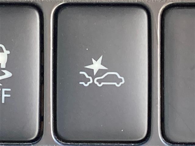 X 純正ナビ 全方位カメラ 衝突被害軽減ブレーキ アイドリングストップ スマートキー プッシュスタート(7枚目)