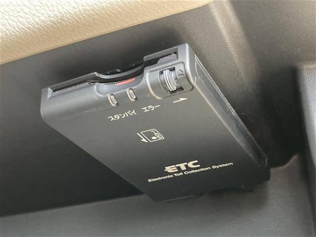 X 純正ナビ アラウンドビューモニター ETC エマージェンシーブレーキ レザー調シートカバー プッシュスタート スマートキー ステアリングスイッチ アイドリングストップ(8枚目)