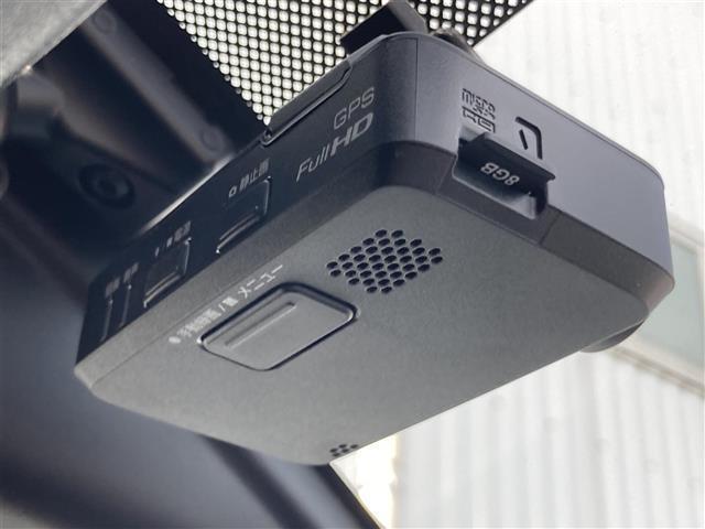 X 純正ナビ アラウンドビューモニター ETC エマージェンシーブレーキ レザー調シートカバー プッシュスタート スマートキー ステアリングスイッチ アイドリングストップ(9枚目)