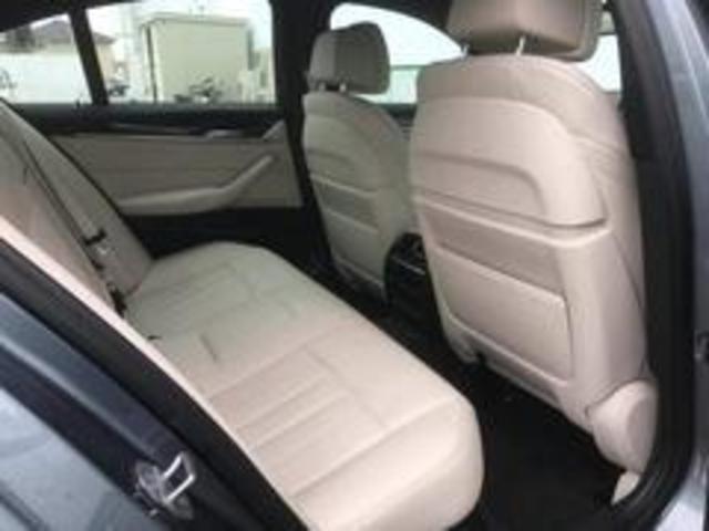 気になる車はすぐにお問い合わせください!右のグーネット専用無料ダイヤルから、専門スタッフがお車のご質問にお答えいたします!