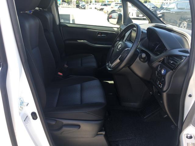 ◆シート表皮【消臭機能付き】◆運転席・助手席側アームレスト付