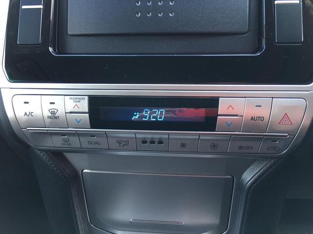 ◆フロントシート【マニュアルシート、運転席6ウェイ・助手席4ウェイ】