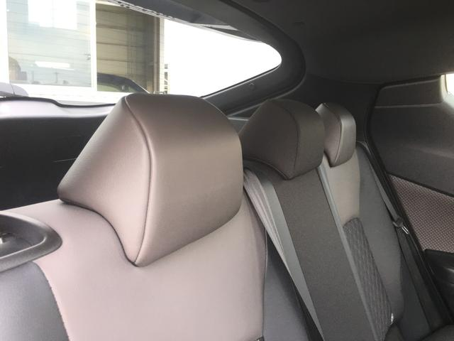 「トヨタ」「C-HR」「SUV・クロカン」「東京都」の中古車40