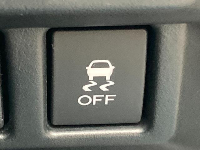 【クルマのある生活に、もっと安心を。】ガリバーの保証は、走行距離が無制限!電球や消耗品、ナビ等の社外品も保証対象。末永いカーライフに対応する充実した保証内容です(保証期間によって保証内容は変わります。