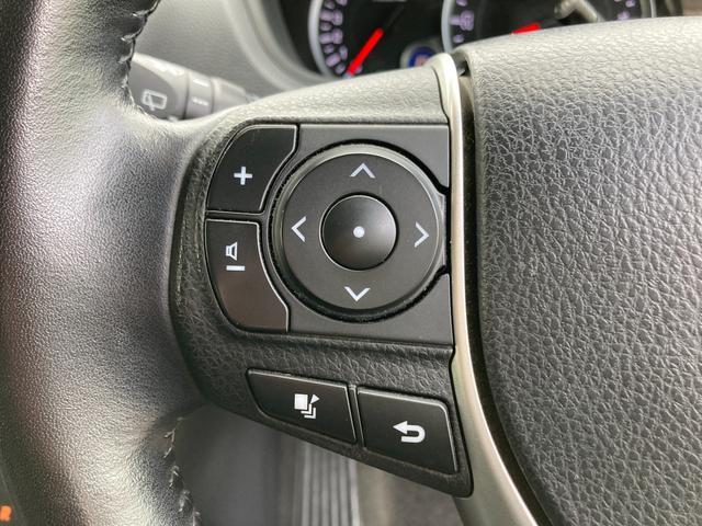 ◆ステアリングスイッチ【ナビなどの操作や音量調整が可能な便利なスイッチです。】