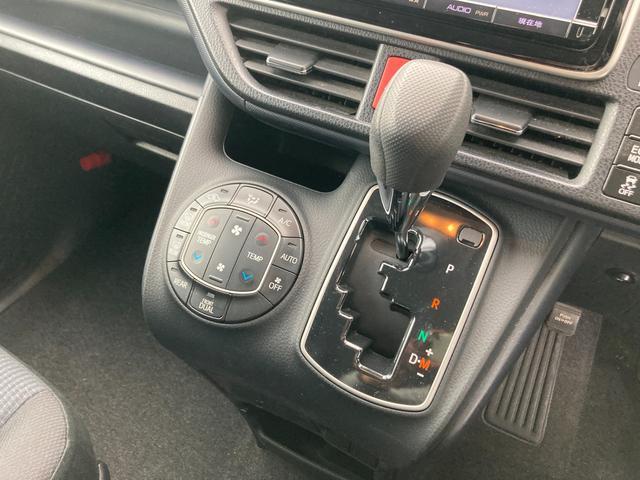 ◆左右分離型フルオートエアコン【運転席と助手席でそれぞれお好みの温度設定が可能で全席にも適切な空調をお届け致します。】◆MTモード付きAT