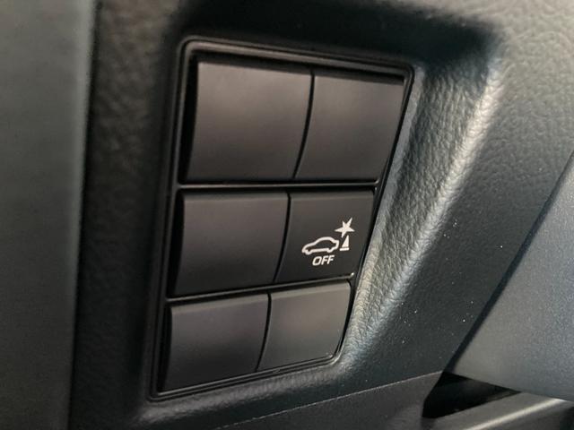 ◆インテリジェントクリアランスソナー【大きな車を運転する場合でもブザーと光でお知らせをしてくれますので安心して運転ができる機能です。】