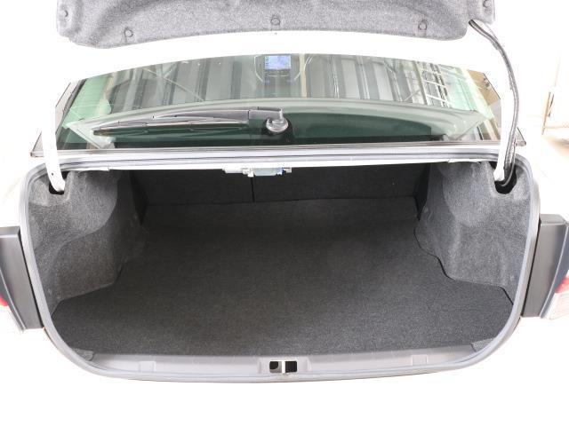 2.0i-Sアイサイト 4WD フルセグ メモリーナビ バックカメラ 衝突被害軽減システム ETC LEDヘッドランプ ワンオーナー DVD再生 ミュージックプレイヤー接続可 記録簿 安全装備 オートクルーズコントロール(16枚目)