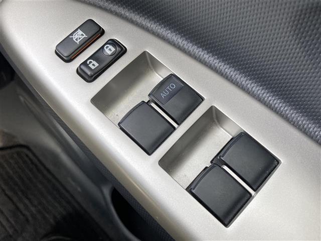 「トヨタ」「イスト」「コンパクトカー」「兵庫県」の中古車12