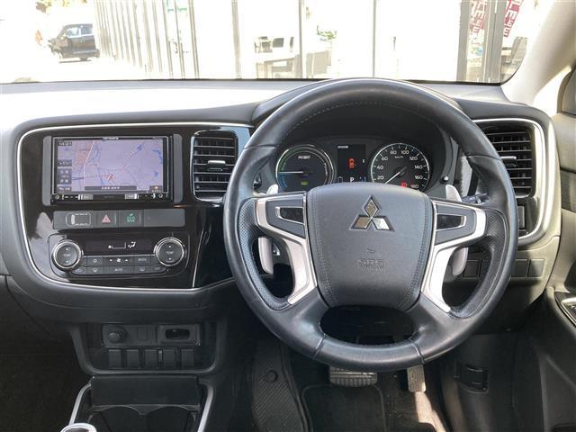 「三菱」「アウトランダーPHEV」「SUV・クロカン」「兵庫県」の中古車7