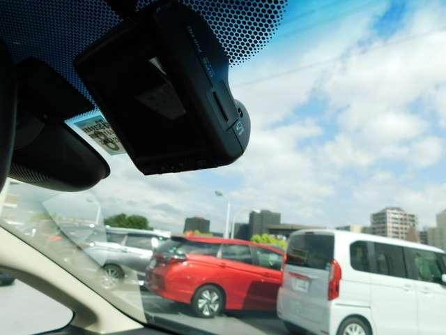 13G・L ホンダセンシング インターナビ LEDライト ドラレコ ナビ付き バックモニタ スマートキー アイドリングストップ 1オーナー キーレス クルコン メモリナビ LED ETC CD DVD 盗難防止システム ABS(4枚目)