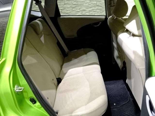 「ホンダ」「フィットハイブリッド」「コンパクトカー」「埼玉県」の中古車11