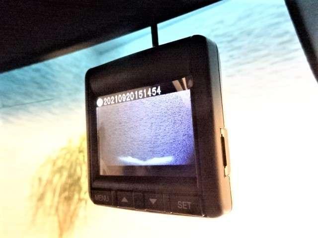 G・Lターボホンダセンシング 元レンタカー 純正ナビ 純正ドラレコ ETC Bluetooth 衝突軽減ブレーキ サイドエアバック VSA 両側PSD Rカメラ HID フォグライト パドルシフト クルコン スマートキー 純正AW(4枚目)