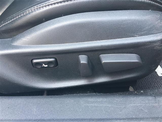 タイプE 黒革シート/HDDナビ/BOSEサウンド/クルーズコントロール/ETC/純正アルミホイール/パドルシフト/運転席パワーシート(8枚目)